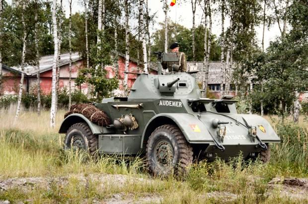 battlefield-v-bf5-armes-vehicules-gadgets-jouables-sortie-officielle-details-Staghound-T17E1-image-01