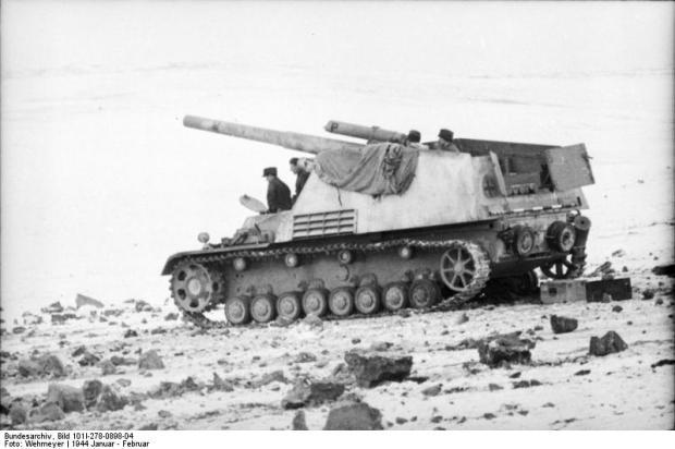 """Russland, Panzerhaubitze """"Hummel"""""""